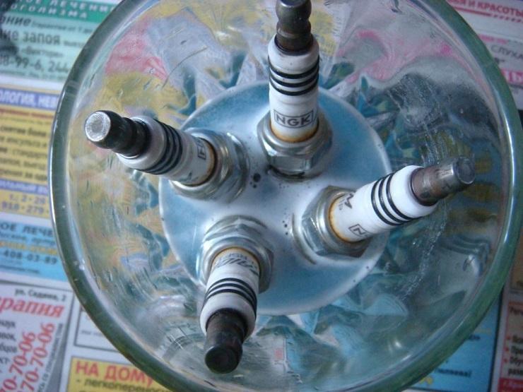 Химический способ очистки свечей