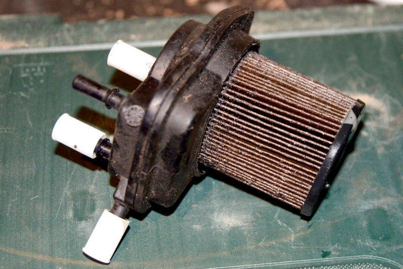 Загрязнённый топливный фильтр