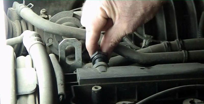 Замена клапана вентиляции картера
