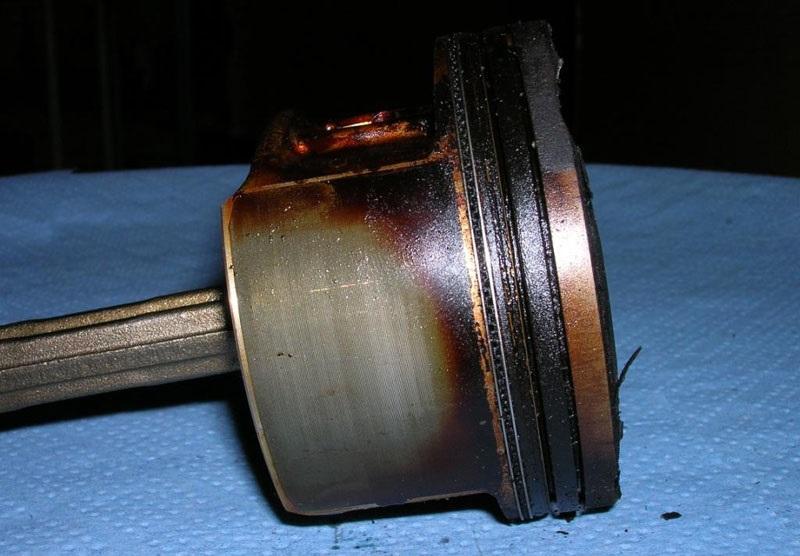Износ поршневых колец - причина масла в воздушном фильтре