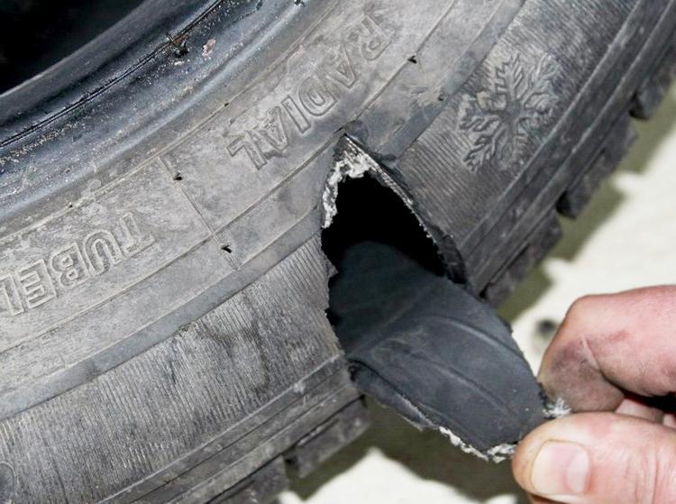 Разрыв шины из-за грыжи