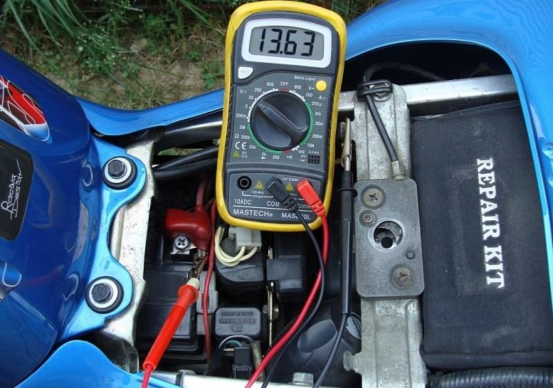 Проверка регулятора напряжения мультиметром