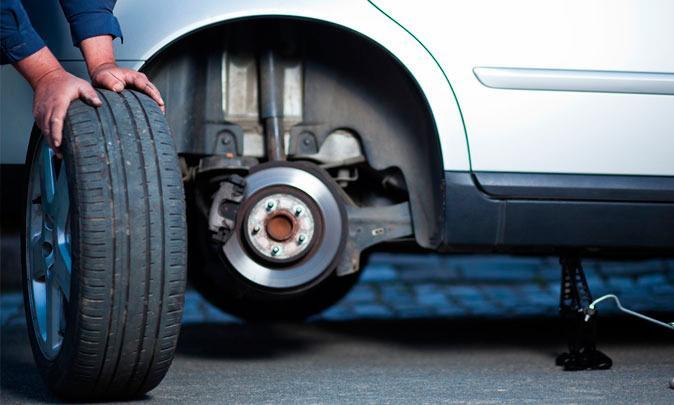 Демонтированное колесо