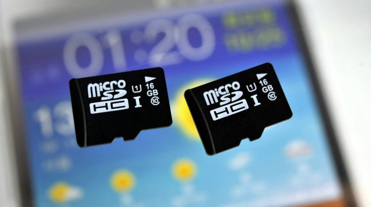 Карта памяти формата microSD