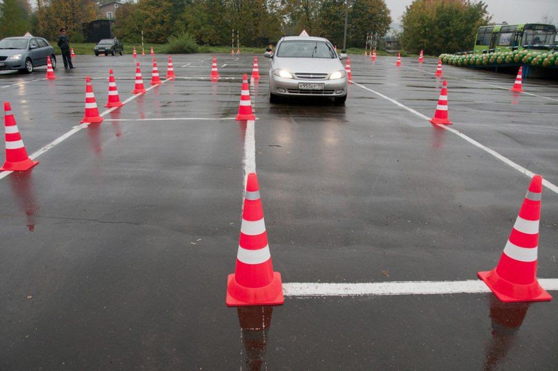 Экзамен на автодроме