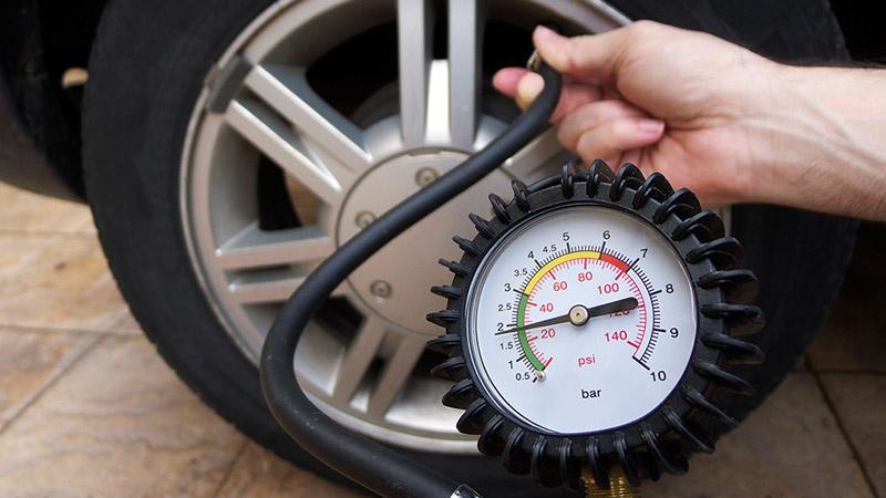 Поддержание давления в шинах
