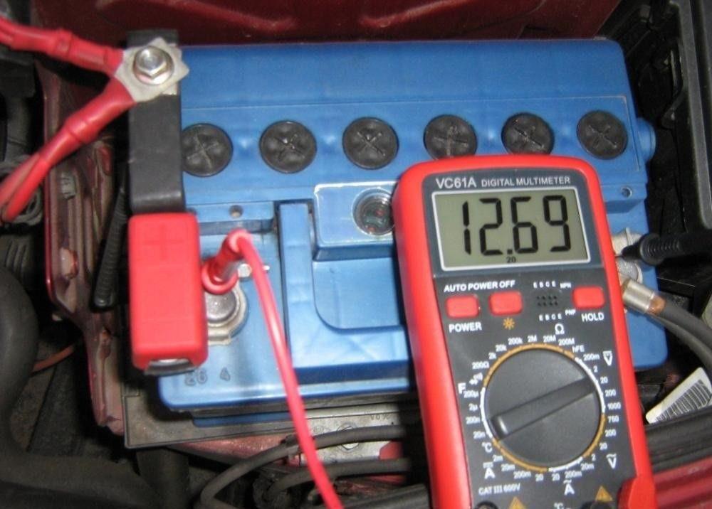 Проверка уровня заряда АКБ