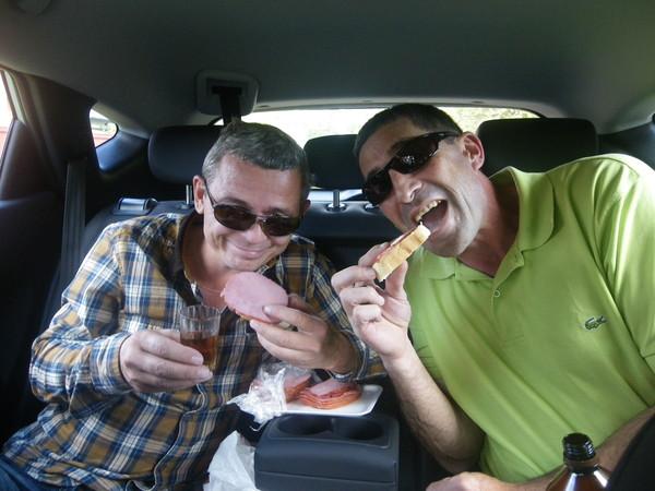Употребление алкоголя в машине