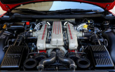 Течет масло из двигателя