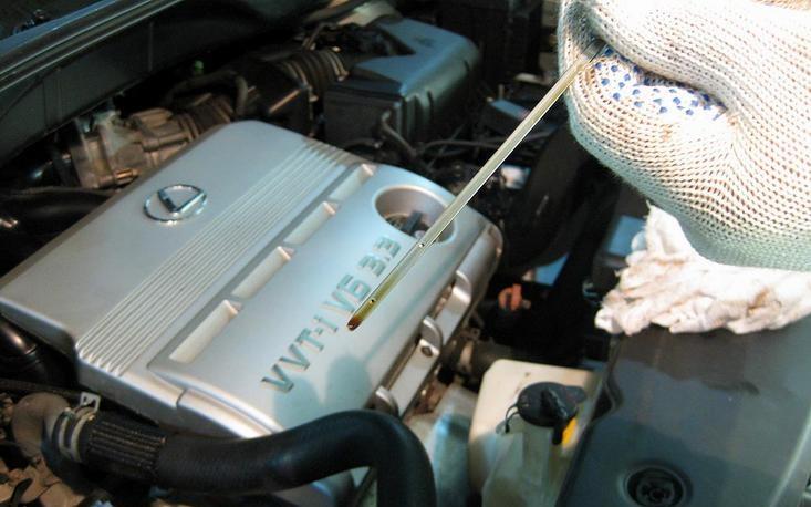 Как проверить масло в двигателе на пригодность