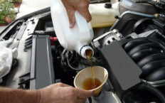 Как узнать какое масло залито в двигатель